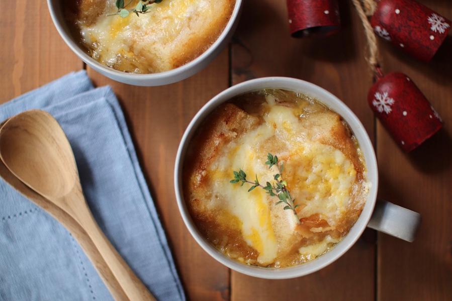 絶品!米粉パンで作る『オニオングラタンスープ』